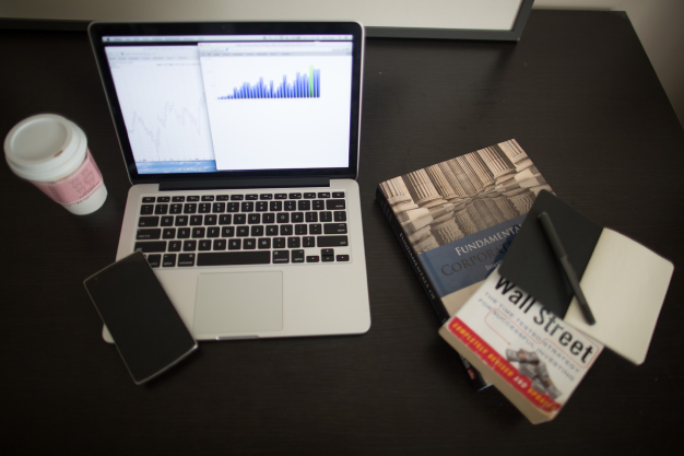 Four reasons why online bookkeeping is good for your bottom line - Geekbooks