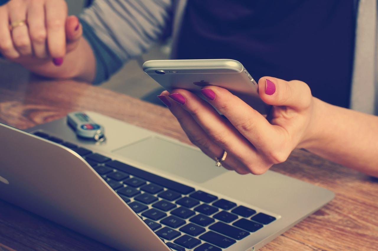number of benefits of online bookkeeping